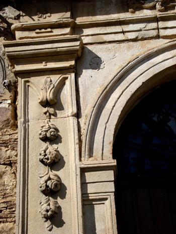 Il palazzo lo iacono portera il museo della fauna dei for Palazzo in stile spagnolo
